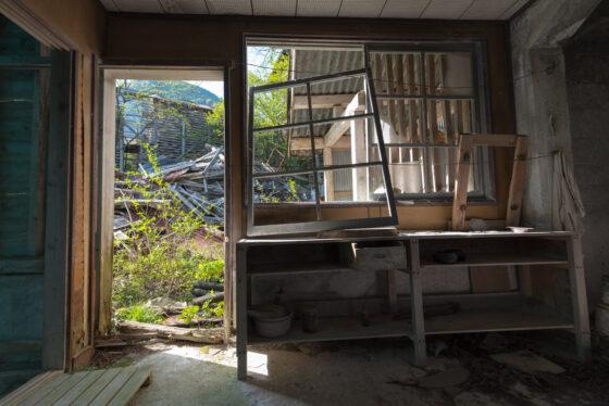abandoned, asia, factory, haikyo, japan, japanese, kansai, mie, mine, ruin, urban exploration, urbex